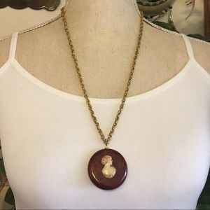 Antique 40s celluloid cameo necklace & earring set